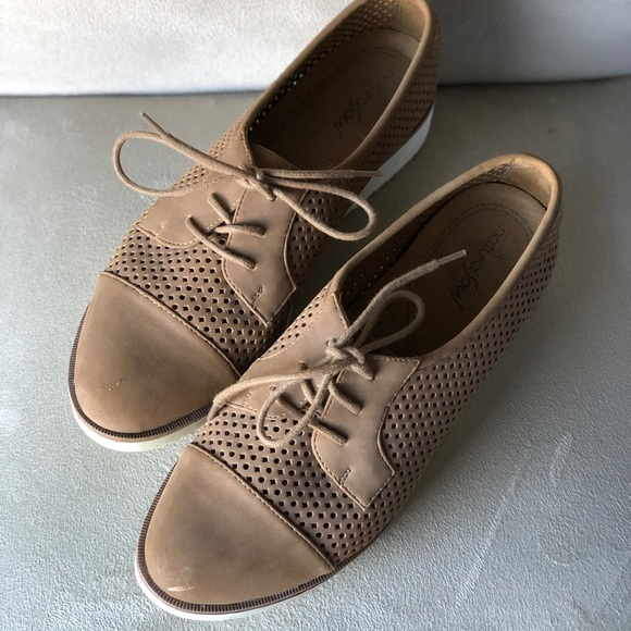 Shoes   Comfortable Cute Shoes   Poshmark